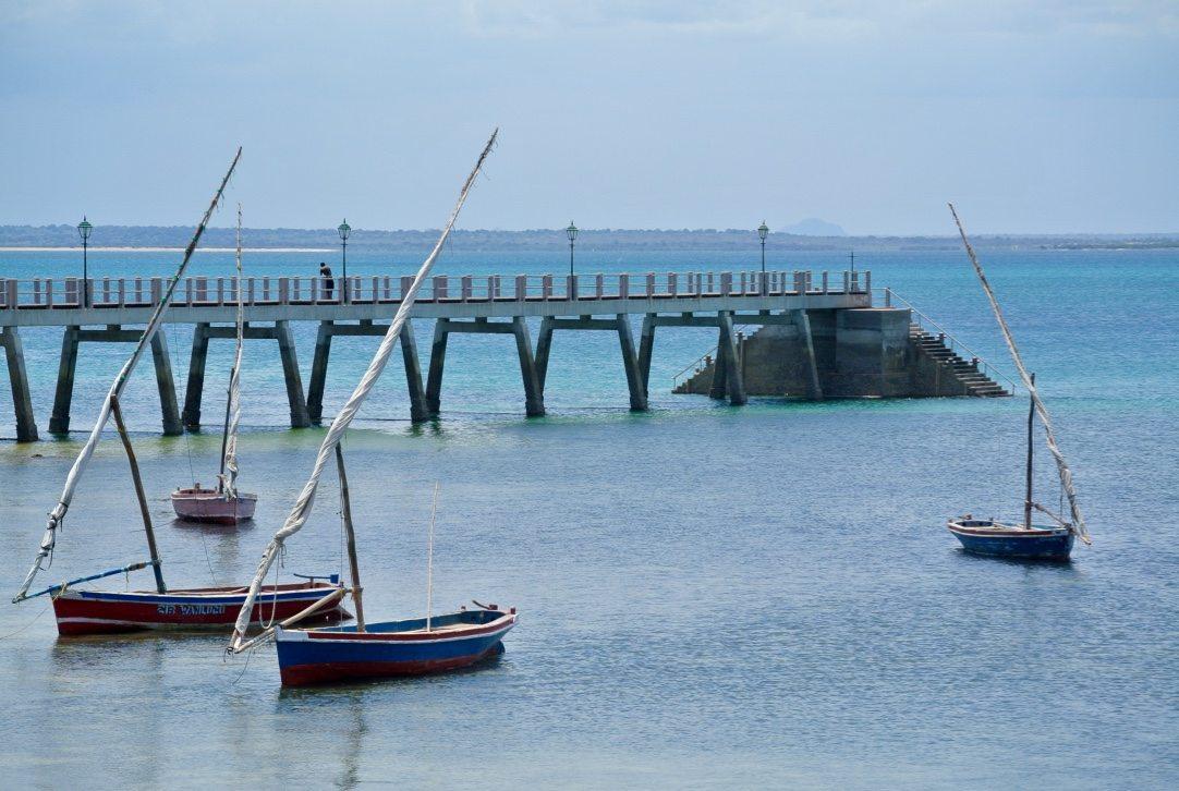 Foto da ponte na ilha de moçambique