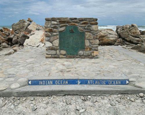 Cape Agulhas, o encontro dos Oceanos Índico e Atlântico