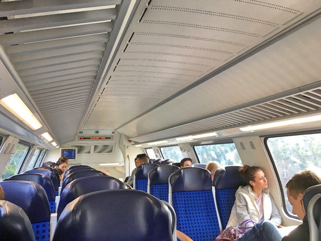 Imagem do Trem RE1 para chegar em Potsdam