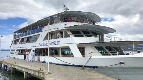 Barco Príncipe com Crianças – Joinville