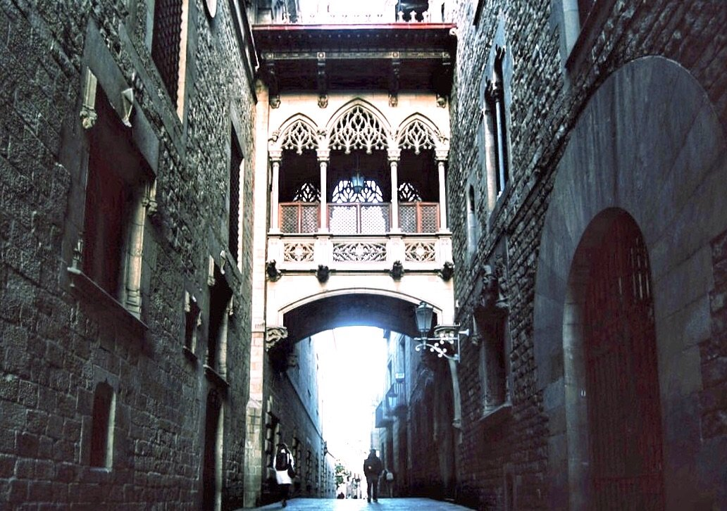 Roteiro_de_3_dias_em_Barcelona_carrer_del_bispe