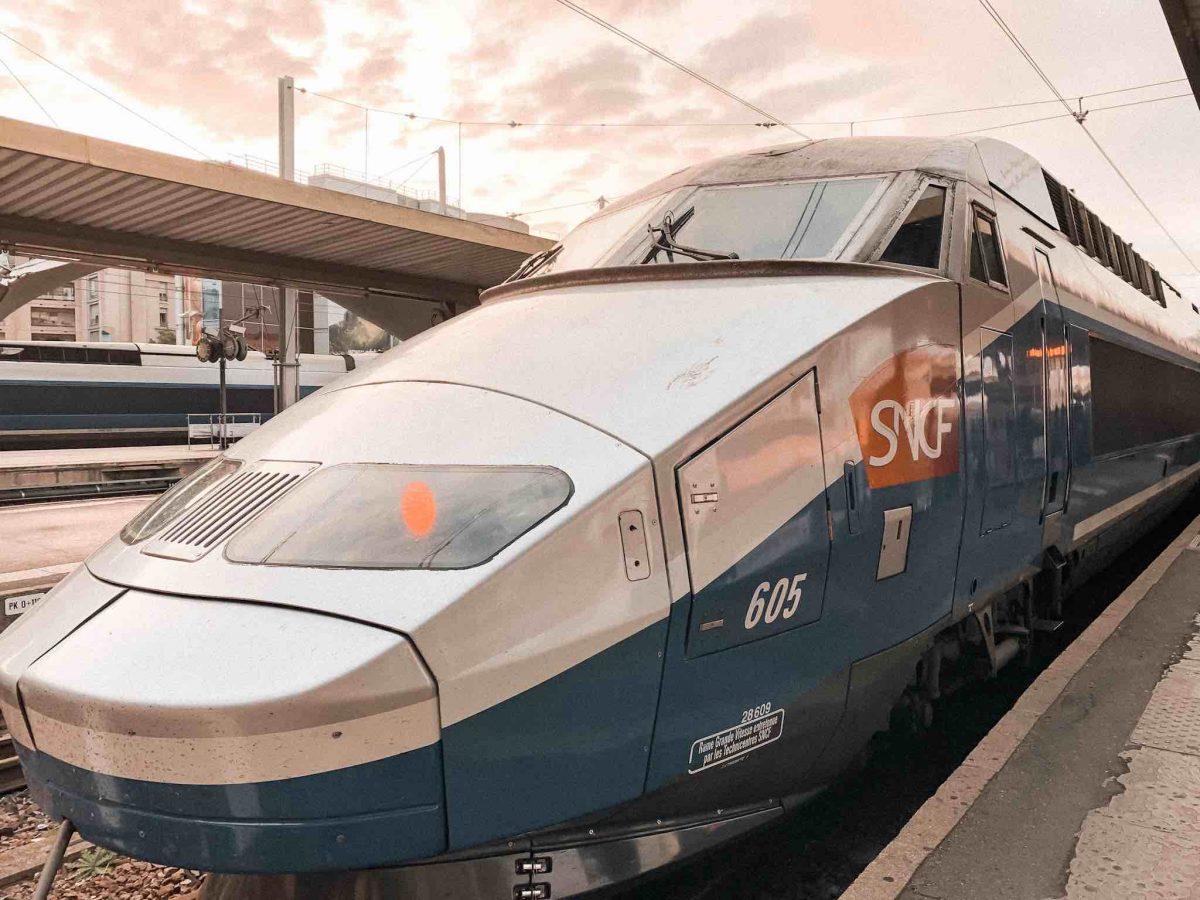 Como ir de Barcelona a Paris em trem