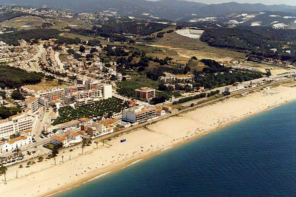praias-perto-de-barcelona-canet