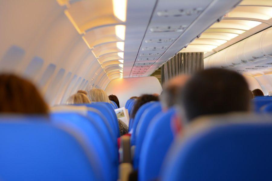 Como-se-prevenir-do-coronavírus-em-viagens-de-avião